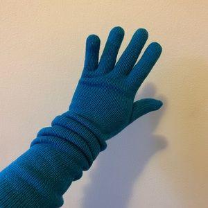 Blue Long Knit Gloves